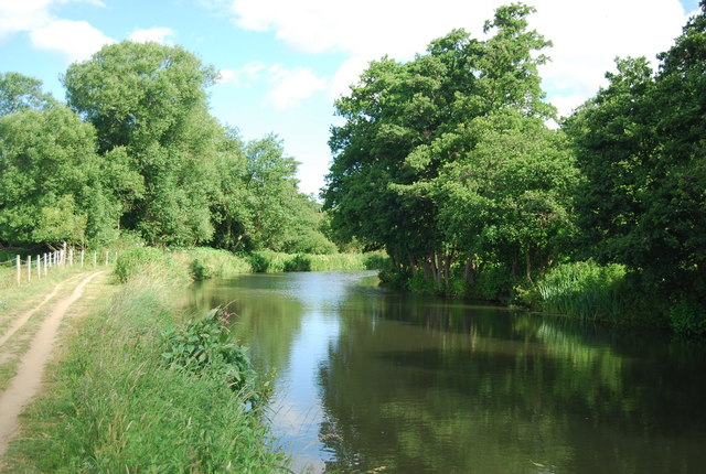 River Wey / Wey Navigation north of Broadford Bridge
