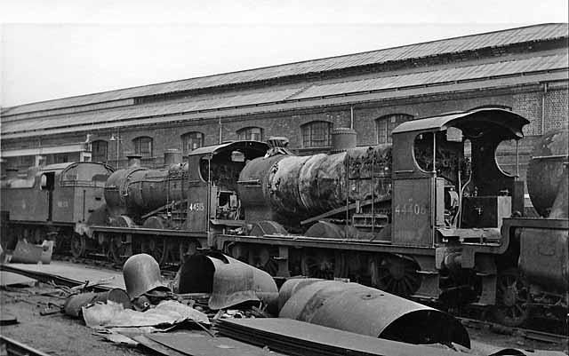 Derby Locomotive Works: locomotives being scrapped