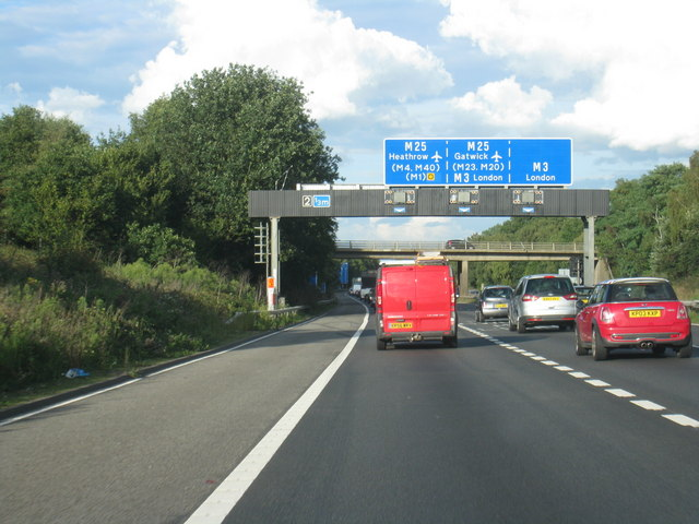 Southampton To Winchester >> M3 approaching junction with M25 © Given Up cc-by-sa/2.0 :: Geograph Britain and Ireland