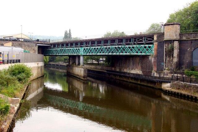Railway bridge over the River Avon