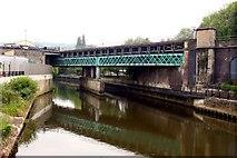 ST7564 : Railway bridge over the River Avon by Steve Daniels