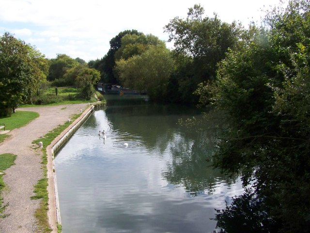 Marina on the Basingstoke Canal