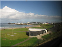C8540 : West Bay Portrush from the train by Willie Duffin