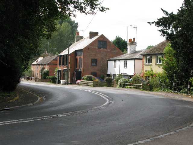 The A257 leaving Wingham towards Canterbury