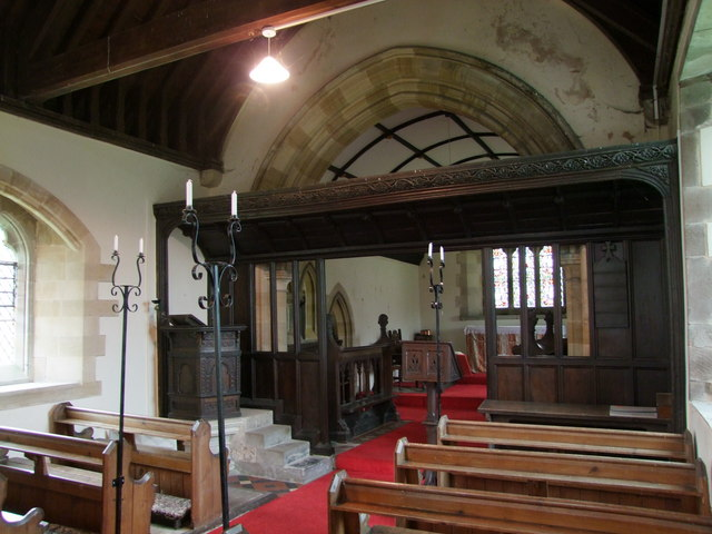 Kenderchurch, interior