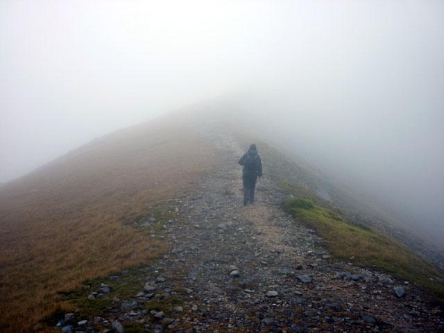 The ridge path to Sgorr Dhearg