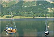 NN0958 : Loch Leven by Dave Fergusson