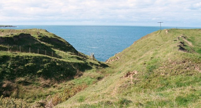 The cliff top path at Porth Ty-mawr