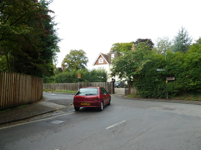 Car turning from Garnier Road into Kingsgate Road