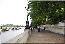 TQ3079 : Albert Embankment by N Chadwick