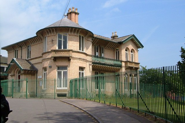 Bradwell Lodge