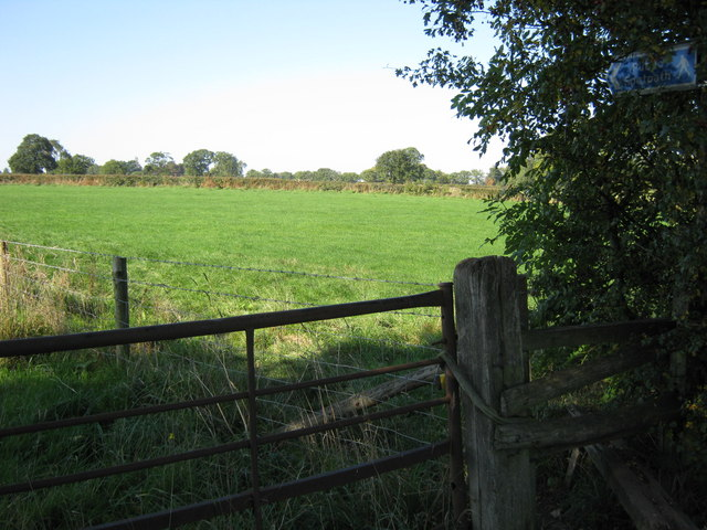 Field footpath, Tamworth Road