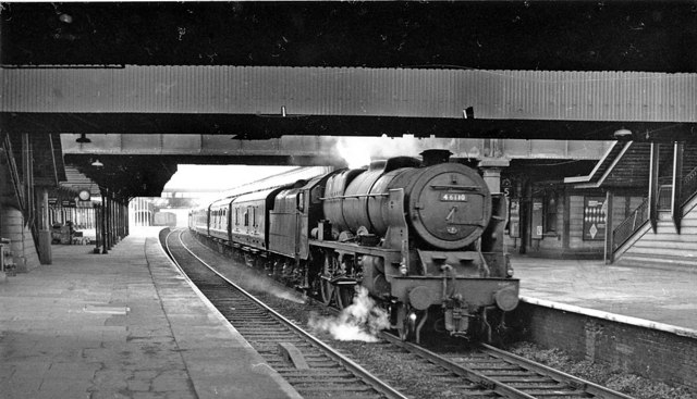 Up Liverpool express at Willesden Junction
