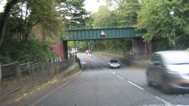 Dad's Lane / Avenue Road railway bridge