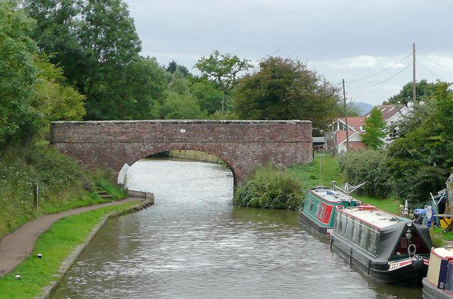 Bridge No 56 near Tardebigge, Worcestershire