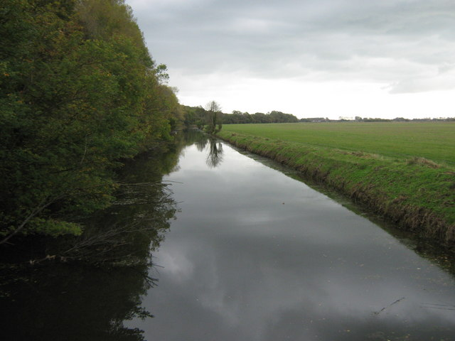 Royal Military Canal flowing towards West Hythe