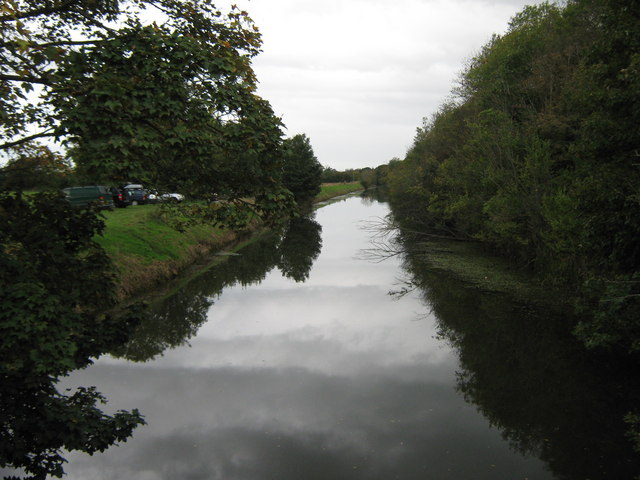 Royal Military Canal - looking west