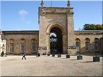 SP4416 : Blenheim Palace Entrance by Paul Gillett