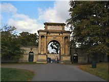 SP4416 : Triumphal Arch by Paul Gillett