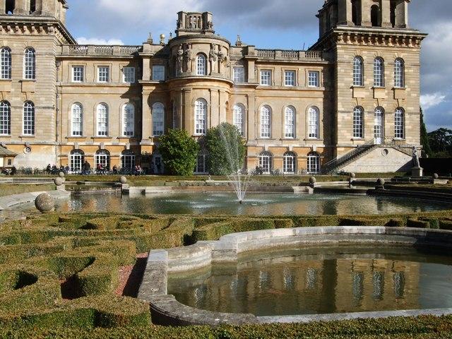 Italian Gardens - Blenheim Palace