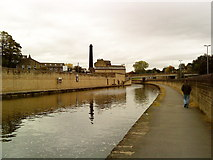 SE1039 : Leeds Liverpool Canal in Bingley by Andrew Abbott