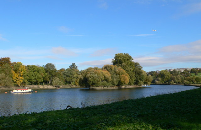 Glover's Island, near Richmond on Thames