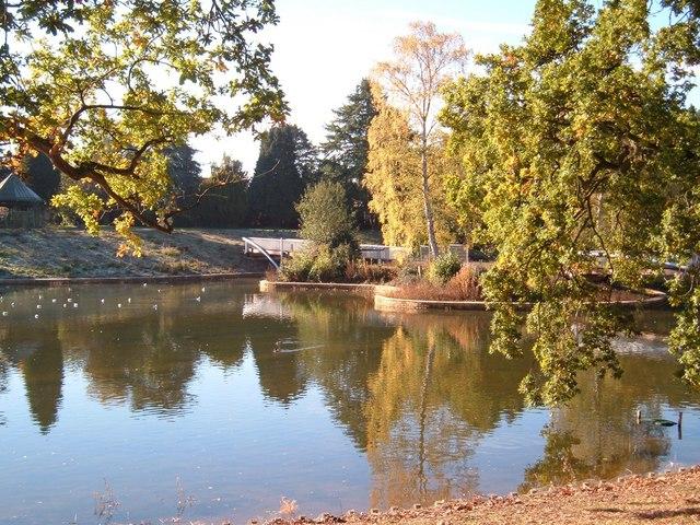 Queen's Park lake, Crewe