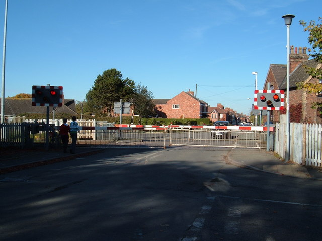 Level crossing at Willaston near Crewe