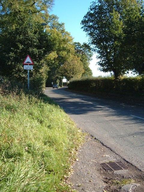 The road to Willaston