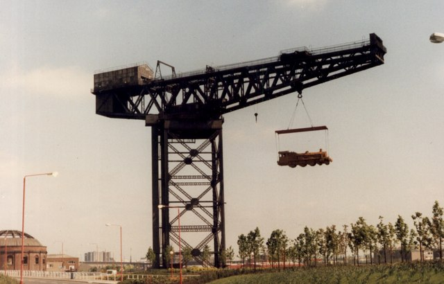 The Finnieston Crane with a straw locomotive