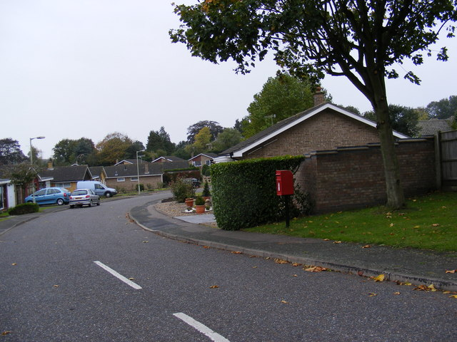 Old Orchard Close & Bramfield Road Postbox