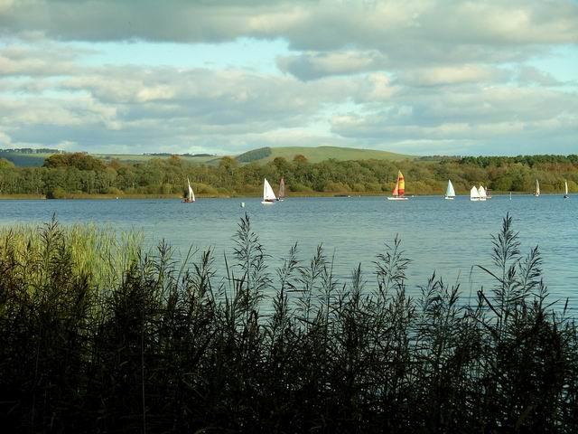Sailing on Castle Loch