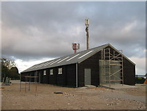 TR2262 : Barn and mobile phone towers near Port Farm by David Anstiss
