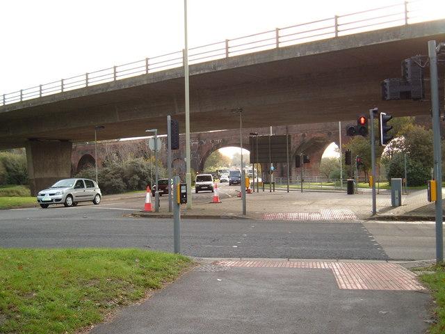 Pedestrian crossings beneath the M27