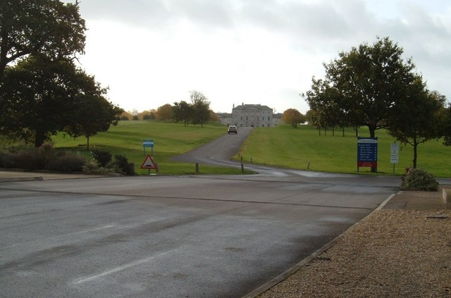 The entrance to Cams Hall