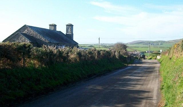 The inland road to Uwchmynydd