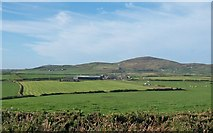 SH1727 : View west across the valley of Cyllyfelin towards Fferm Gwythrian and Mynydd Anelog mountain by Eric Jones