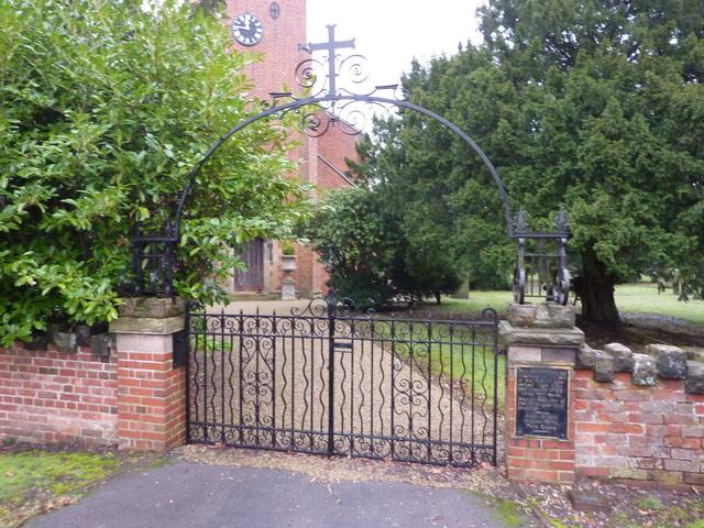 The Sanctuary, Newchurch, Memorial gate