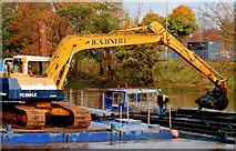 J3472 : Dredging the River Lagan, Belfast -  2010/11 (47) by Albert Bridge