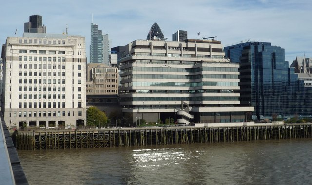 St Magnus House, Pool of London
