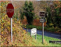 J3996 : Road signs, Gleno (1) by Albert Bridge