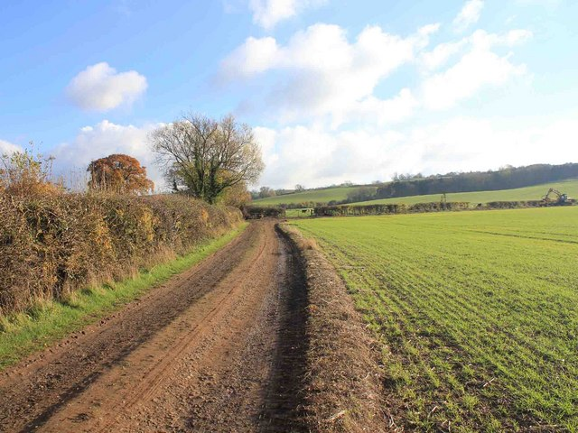 Unclassified country road towards Burton Dassett Hills