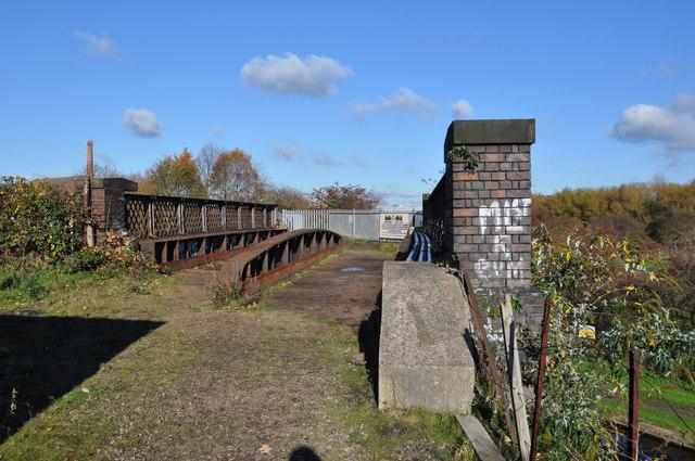 Bridge over the Grand Union Canal