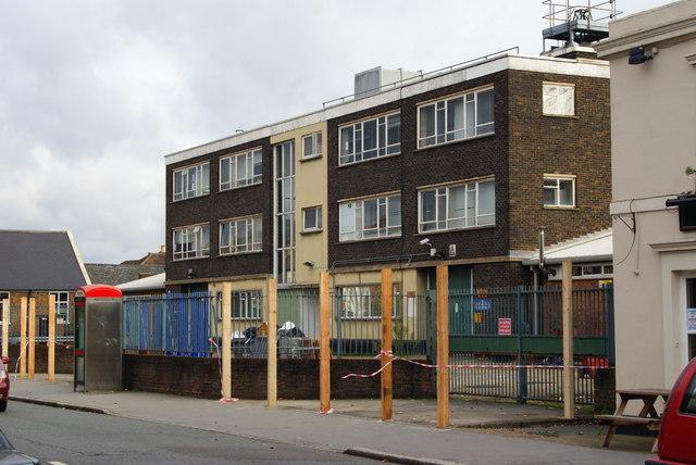 Metropolitan Police Unit, Windmill Road, Croydon (2)
