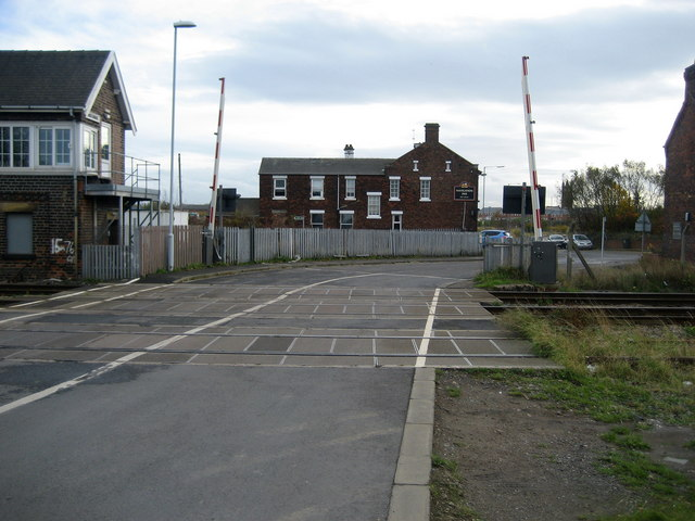 Level Crossing and the Navigation Inn