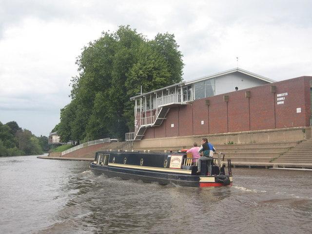 Narrowboat and Rowing Club