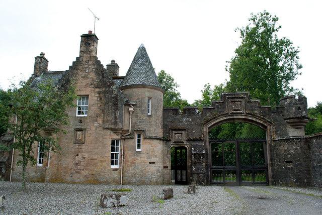Entrance to Lanrick Castle