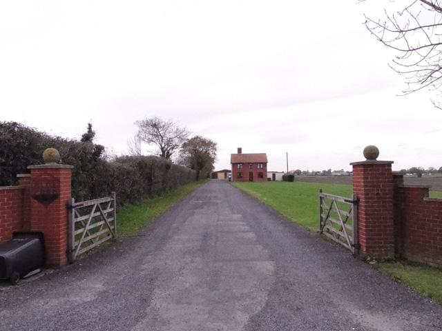 Entrance to Aloe Farm