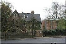 TQ3473 : Concrete house, Dulwich Common by Christopher Hilton