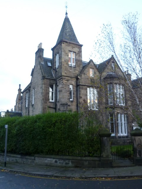 Villa in Palmerston Road